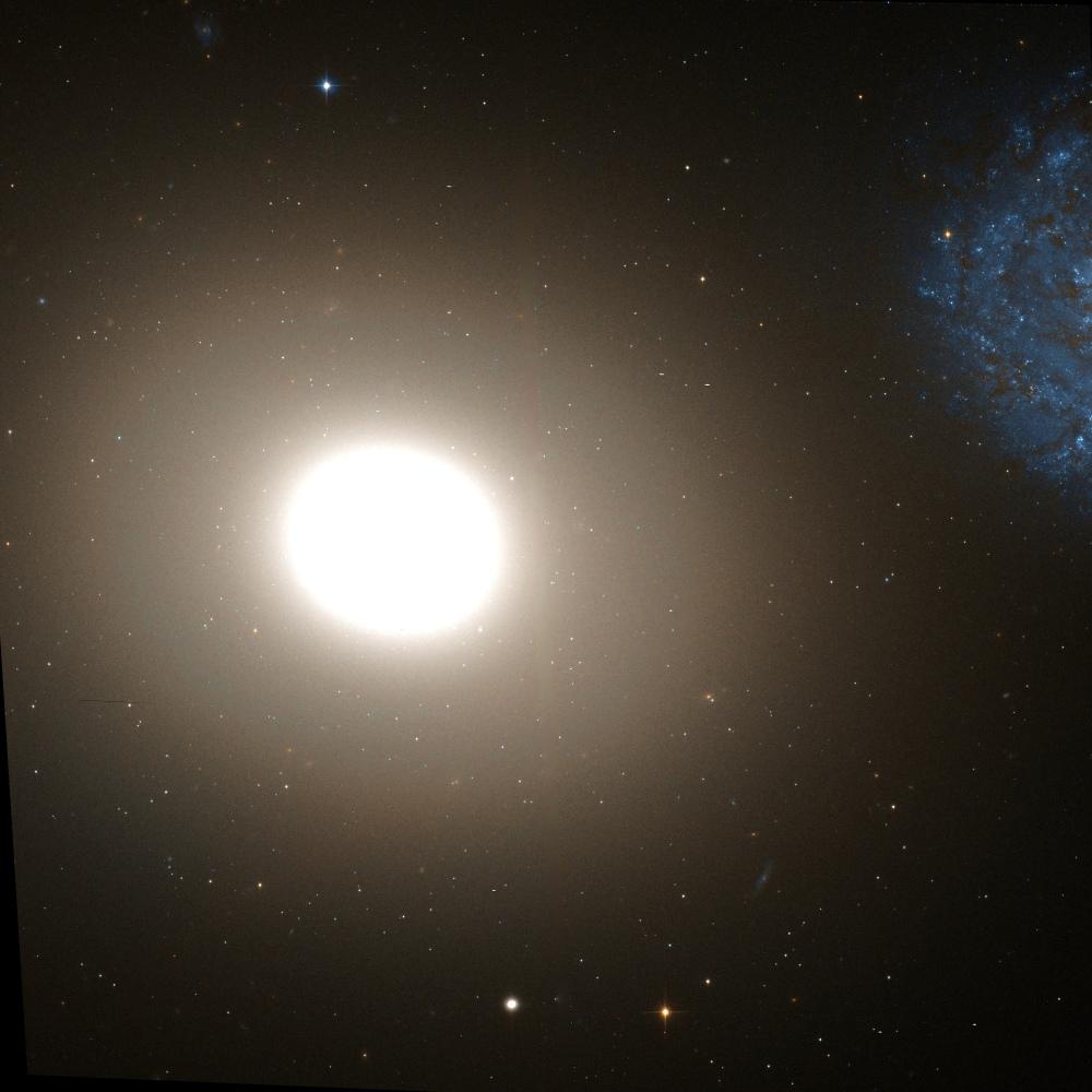 NGC 4649